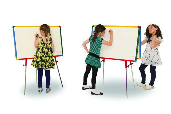 3510-3513_New_Twin_Junior_Easel-models-crop